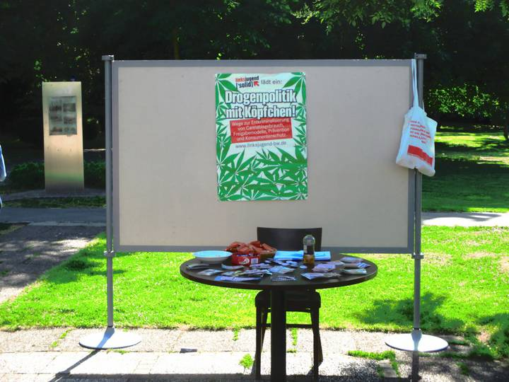 Infostand der Linksjugend ['solids]