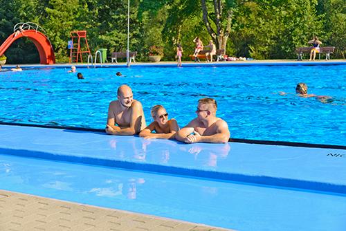 Bild: Schwimmerbecken im Nagoldfreibad