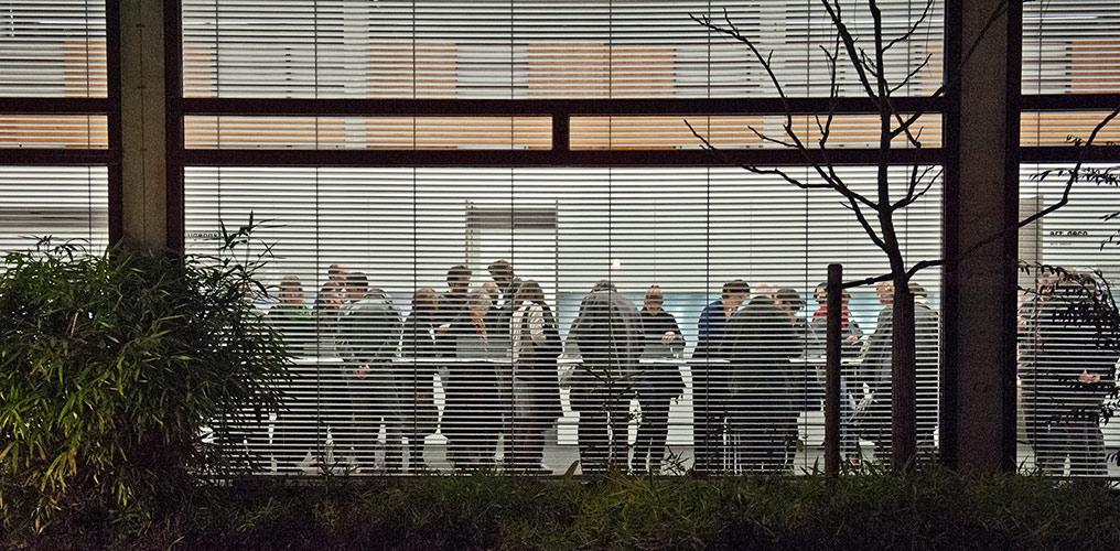 Blick von außen in die moderne Sammlung, Foto Petra Jaschke