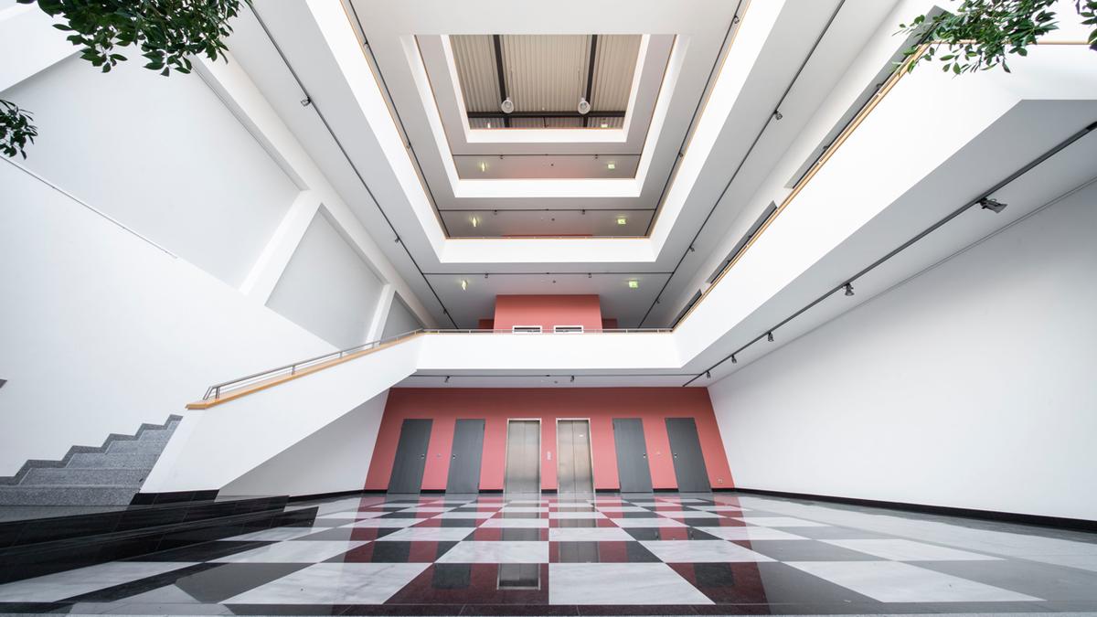 Bild: Eingangsbereich Innotec Pforzheim
