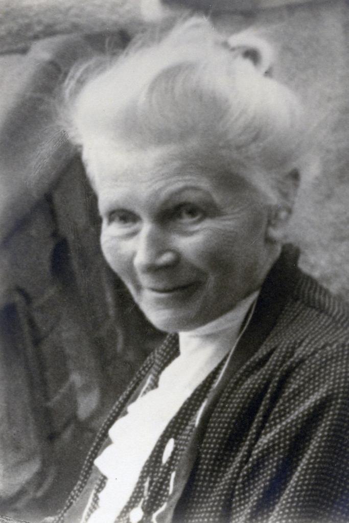 Dieses Bild zeigt eine Portraitaufnahme von Bertha Benz.