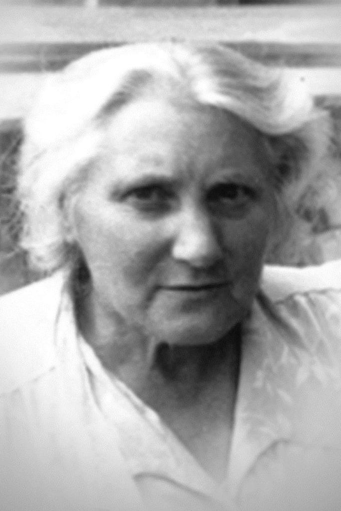 Dieses Portrait zeigt Lina Kant.