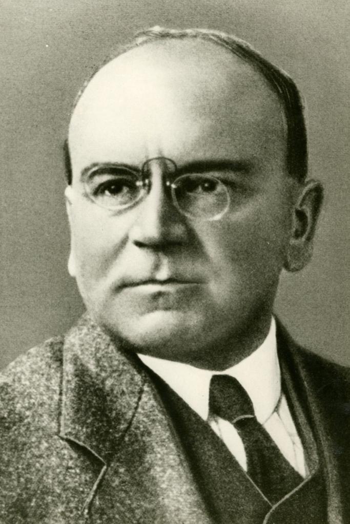 Dieses Bild zeigt eine Portraitaufnahme von Heinrich Wieland.
