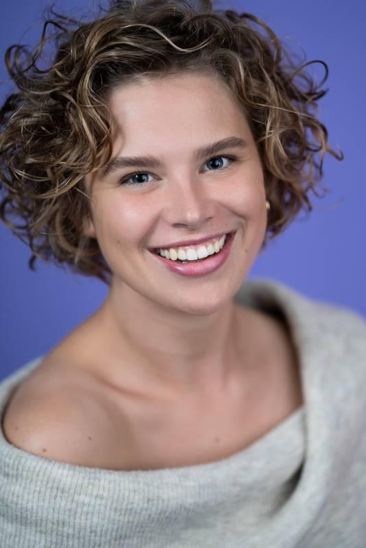 Dieses Portrait zeigt Elise de Heer