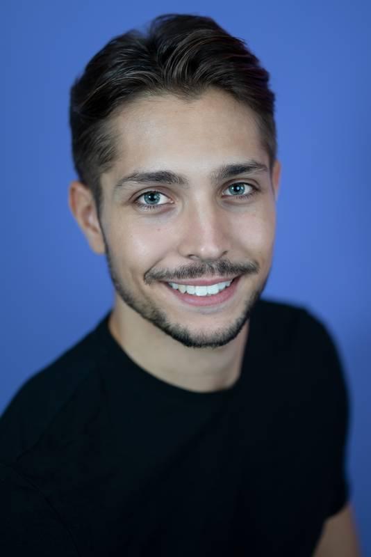 Dieses Portrait zeigt Mirko Ingrao