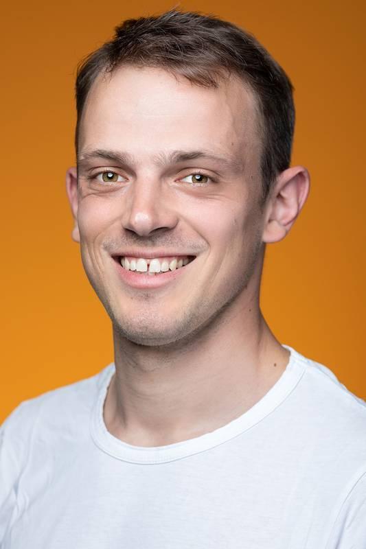 Dieses Portrait zeigt Daniel Kozian