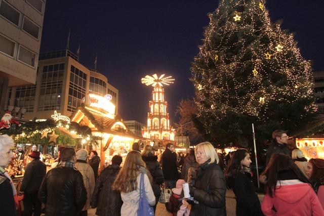 Goldener Pforzheimer Weihnachtsmarkt